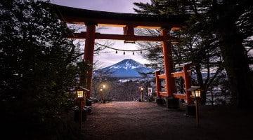 วัดในโตเกียว เราจะมาแนะนำ 5 วัดในโตเกียวที่น่าไปกราบไหว้และถ่ายรูปมากที่สุด